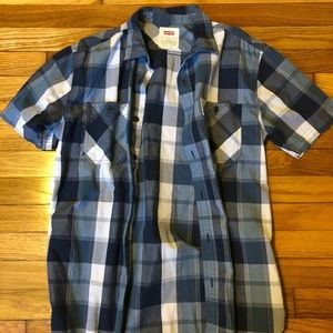 Men's short sleeve button down from Levi's